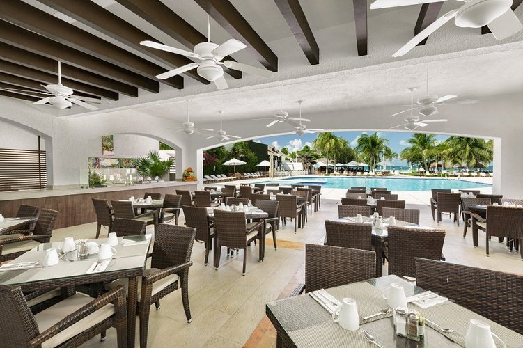 Restaurant beachscape kin ha villas & suites cancún